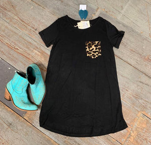 Black dress with leopard pocket