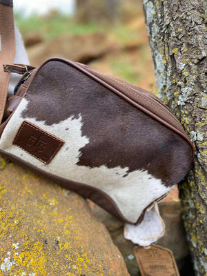 STS Cowhide Mens Toiletry Bag