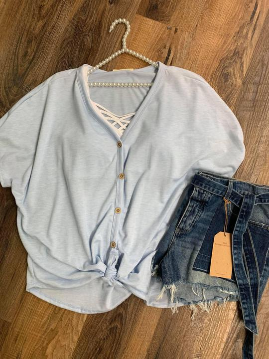 simple knot button top