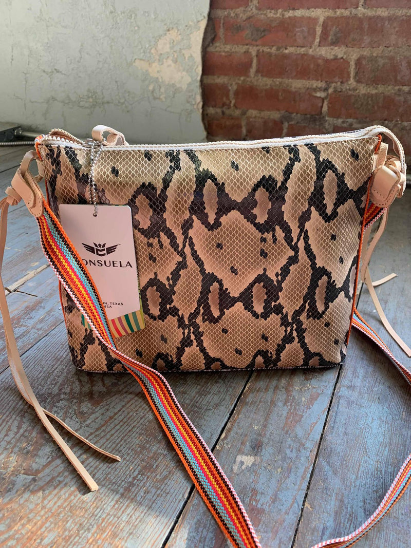 Margot Downtown Crossbody Consuela