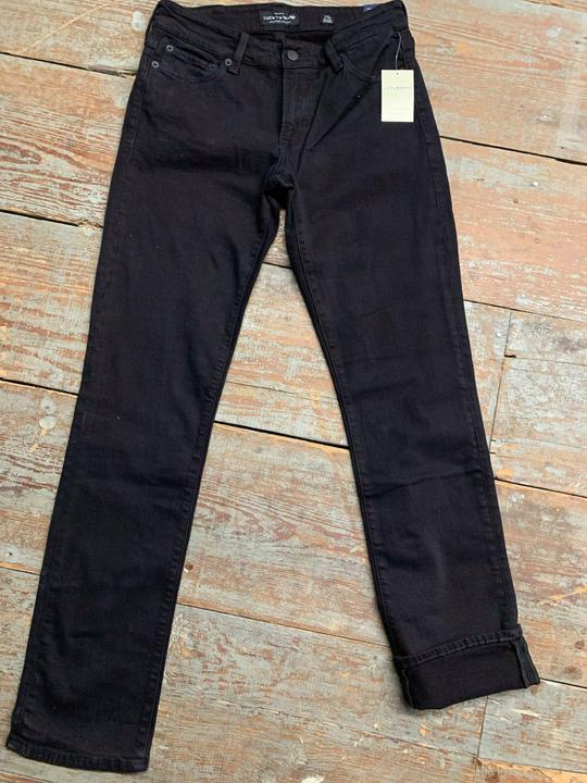 Lucky Brand black sweet & straight jean