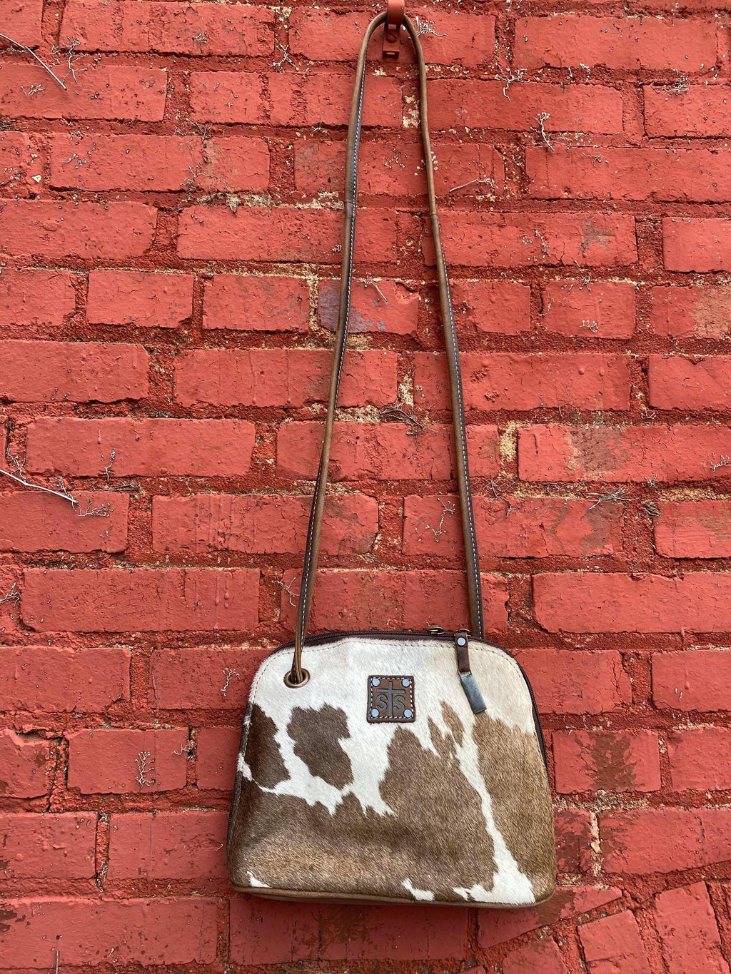 STS Cowhide Classic Crossbody