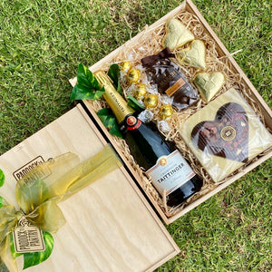 Looking for Valentines Day Gifts for Him? Check out this premium gift basket. Free Delivery NZ wide.