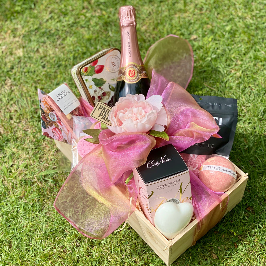 Gift Ideas For Her - premium gift basket delivered NZ wide