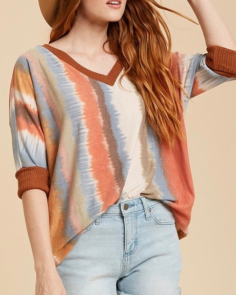 Watercolor V-Neck 3/4 Sleeve Top
