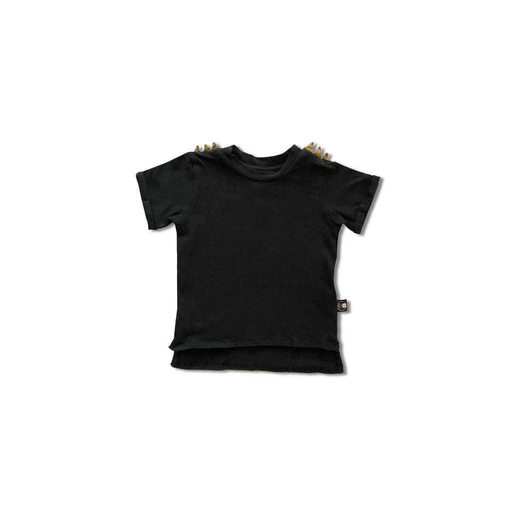 Spike T – Black/Gold