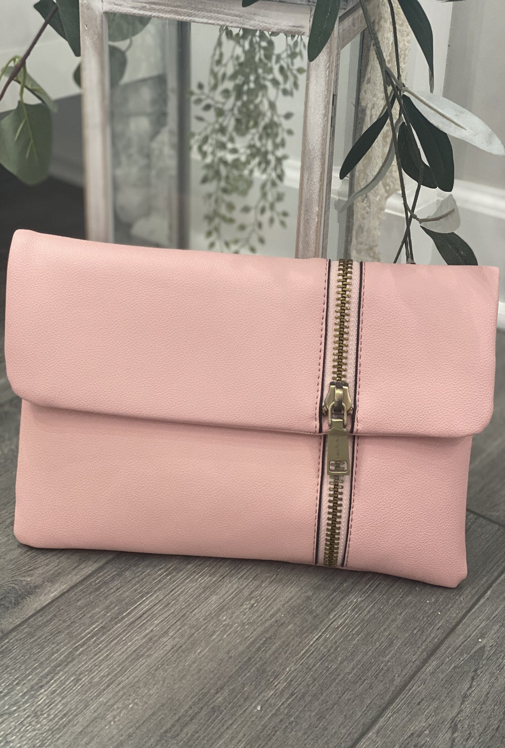 Blush Zip It Clutch - Bellamie Boutique