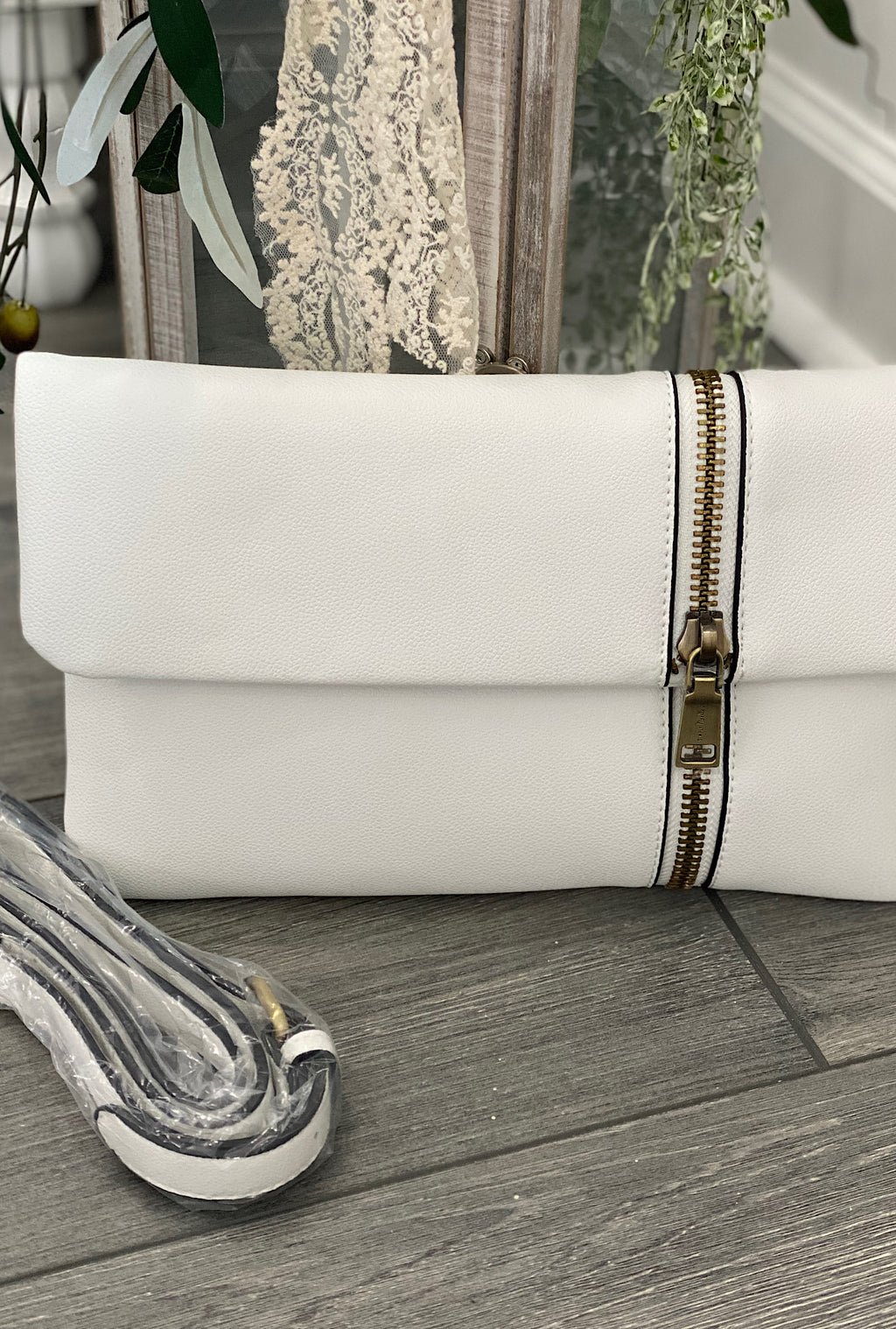 White Zip It Clutch - Bellamie Boutique