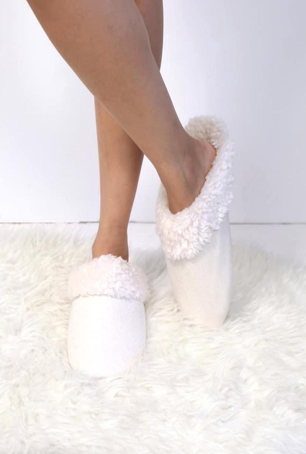 Ivory Slippers - Bellamie Boutique