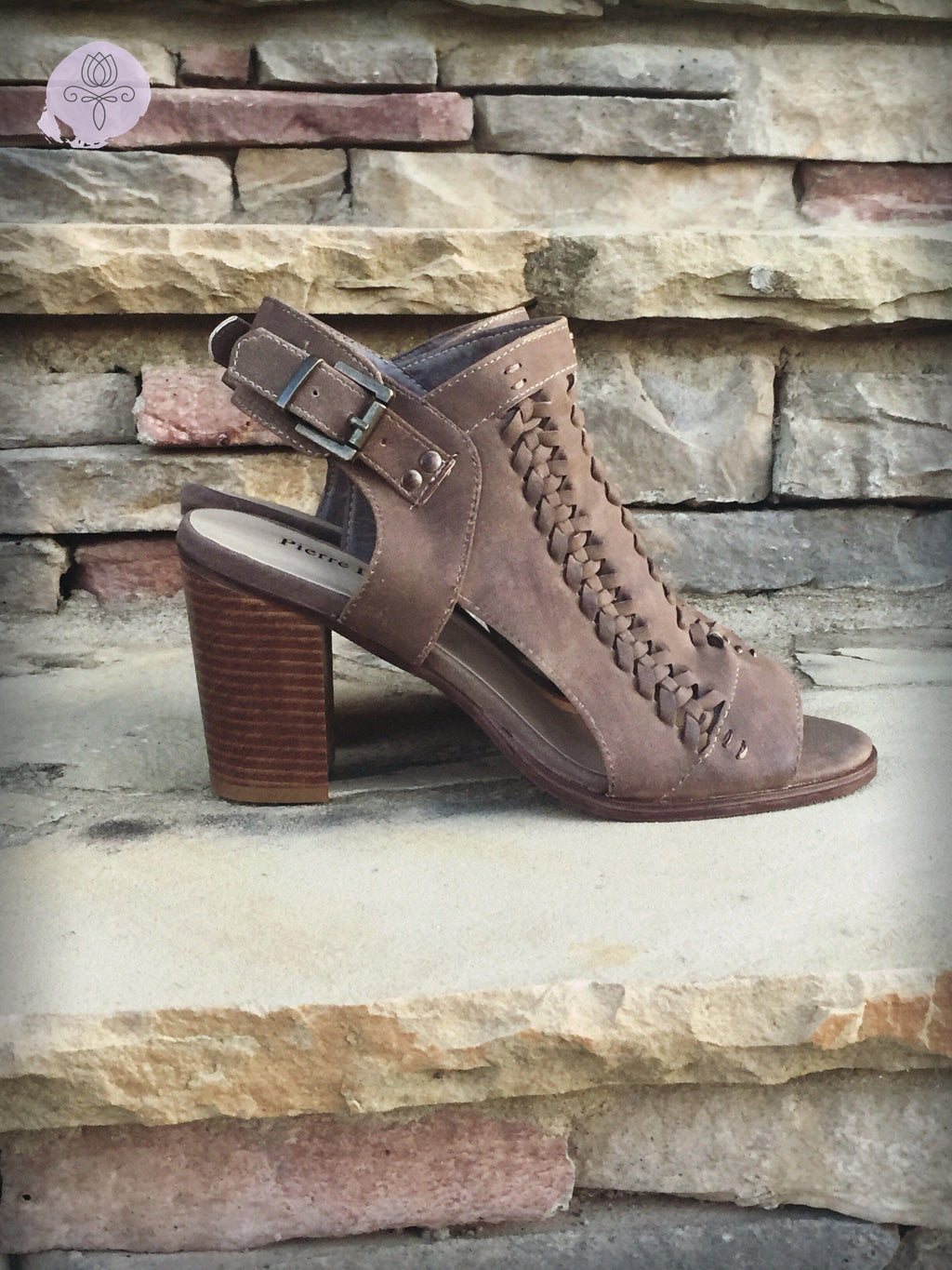 Crossroads Block Heel Sandals - Bellamie Boutique