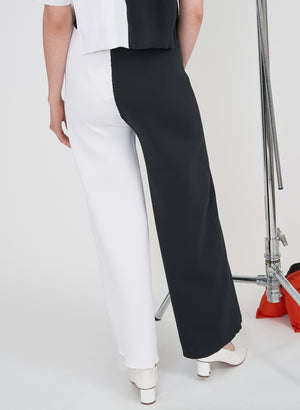 Rian Pant, Black & White