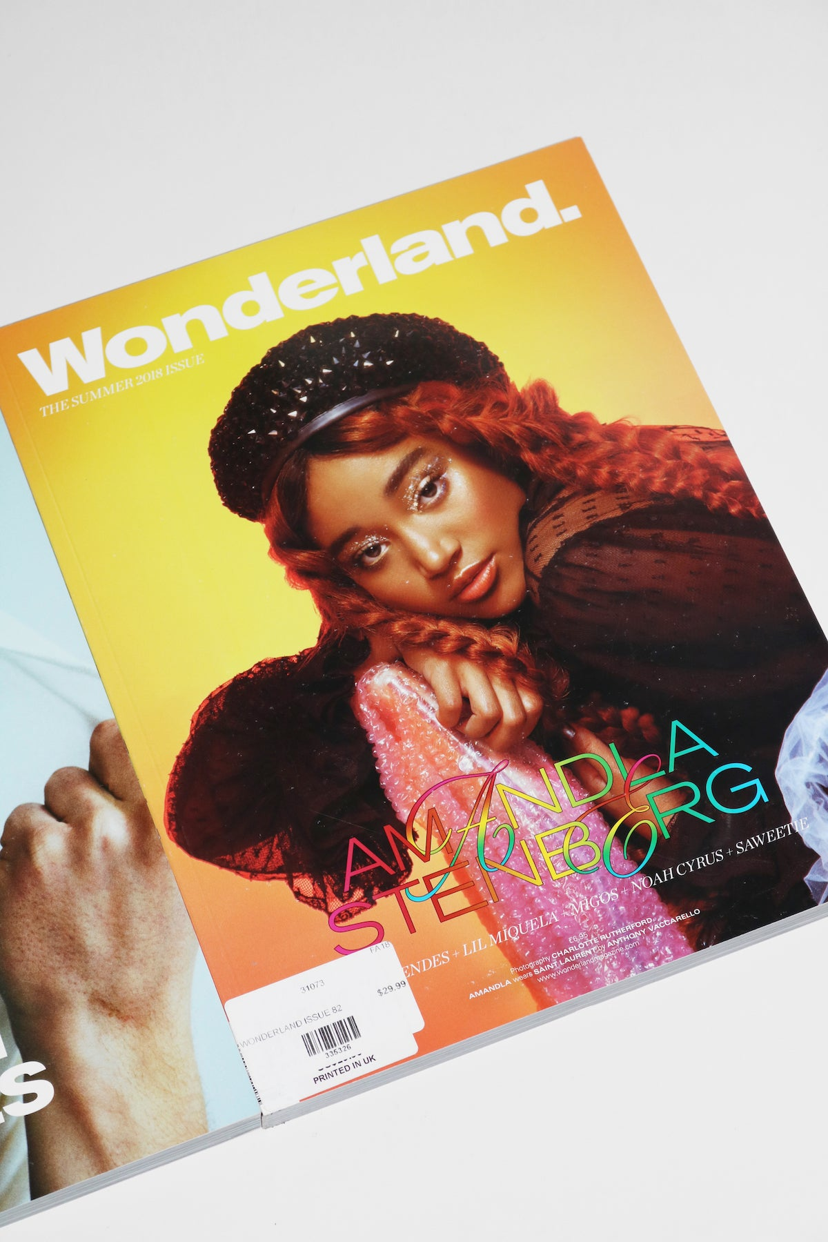 Wonderland Magazine, Issue 82