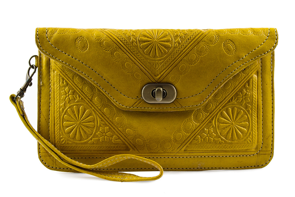 YELLOW-WRISTLET-Handmade-Moroccan-Leather-MOROCCANSWAY