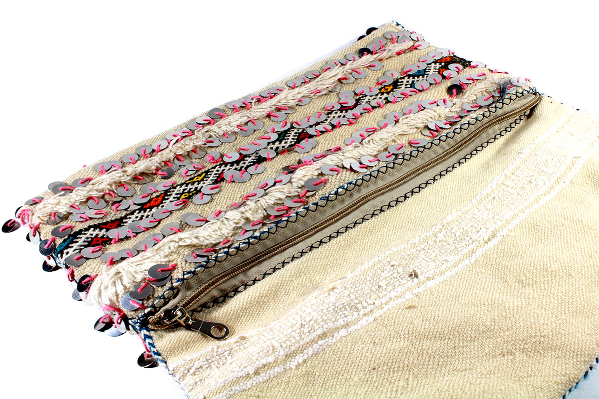 DISCO-clutch-Moroccan-handmade-wool-MoroccansWay