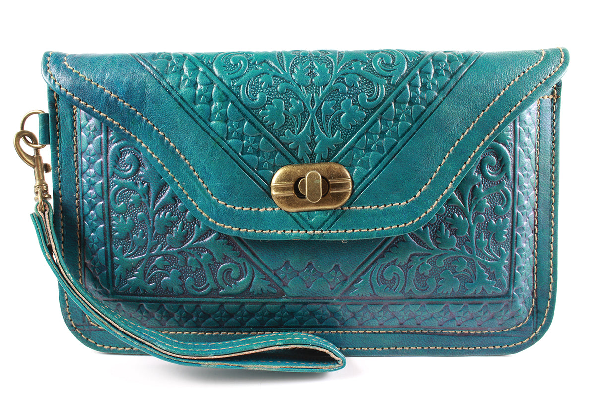 Turquoise-Wristlet-moroccan -handmade-100%-leather-moroccansway