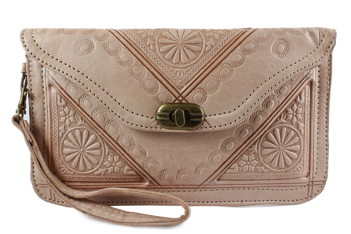 NATURAL-WRISTLET-Handmade-Moroccan-Leather-MOROCCANSWAY