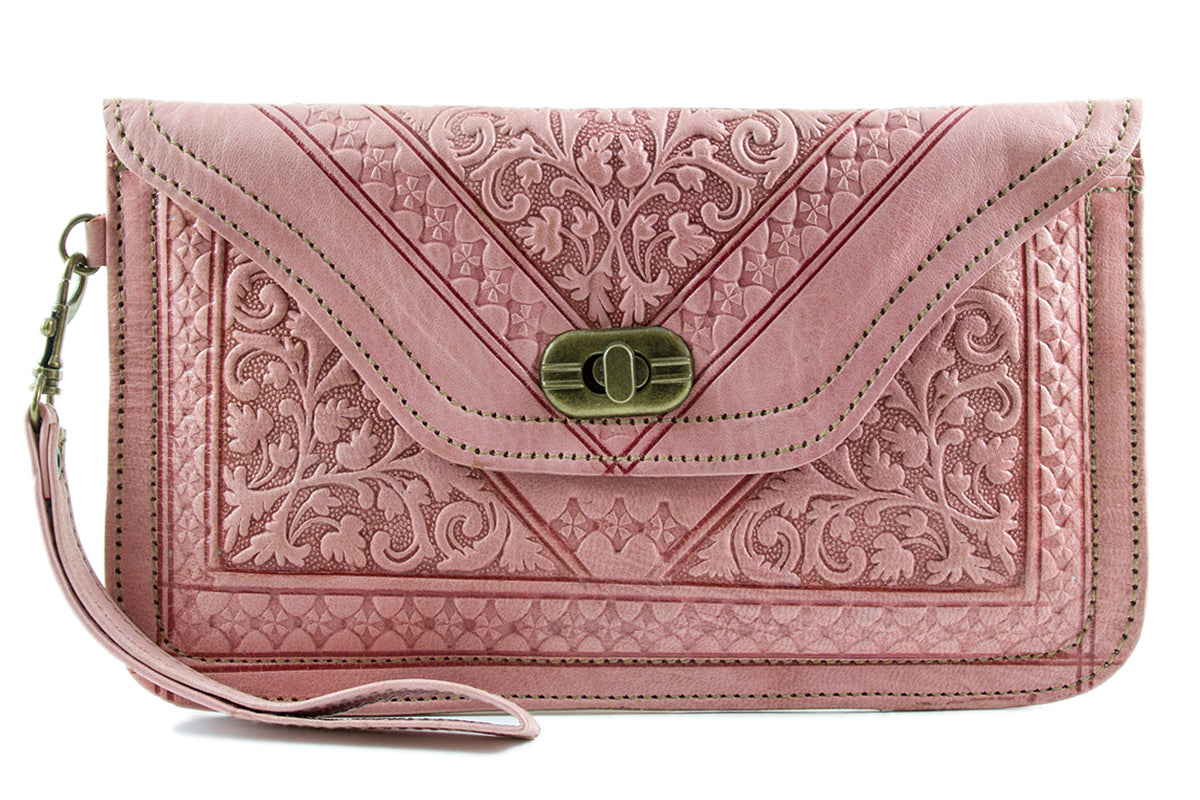 LIGHT-PINK-WRISTLET-Handmade-Moroccan-Leather-MOROCCANSWAY