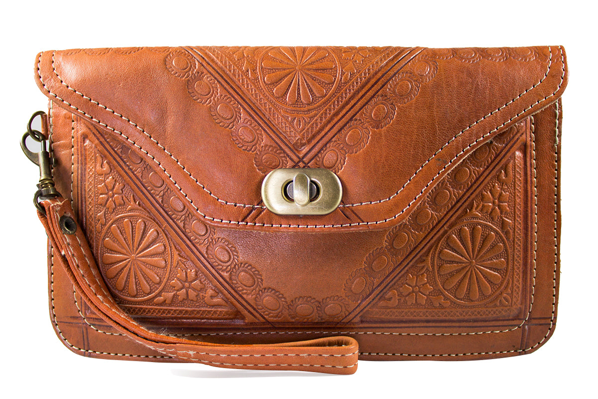 DARK-TAN-WRISTLET-Handmade-Moroccan-Leather-MOROCCANSWAY