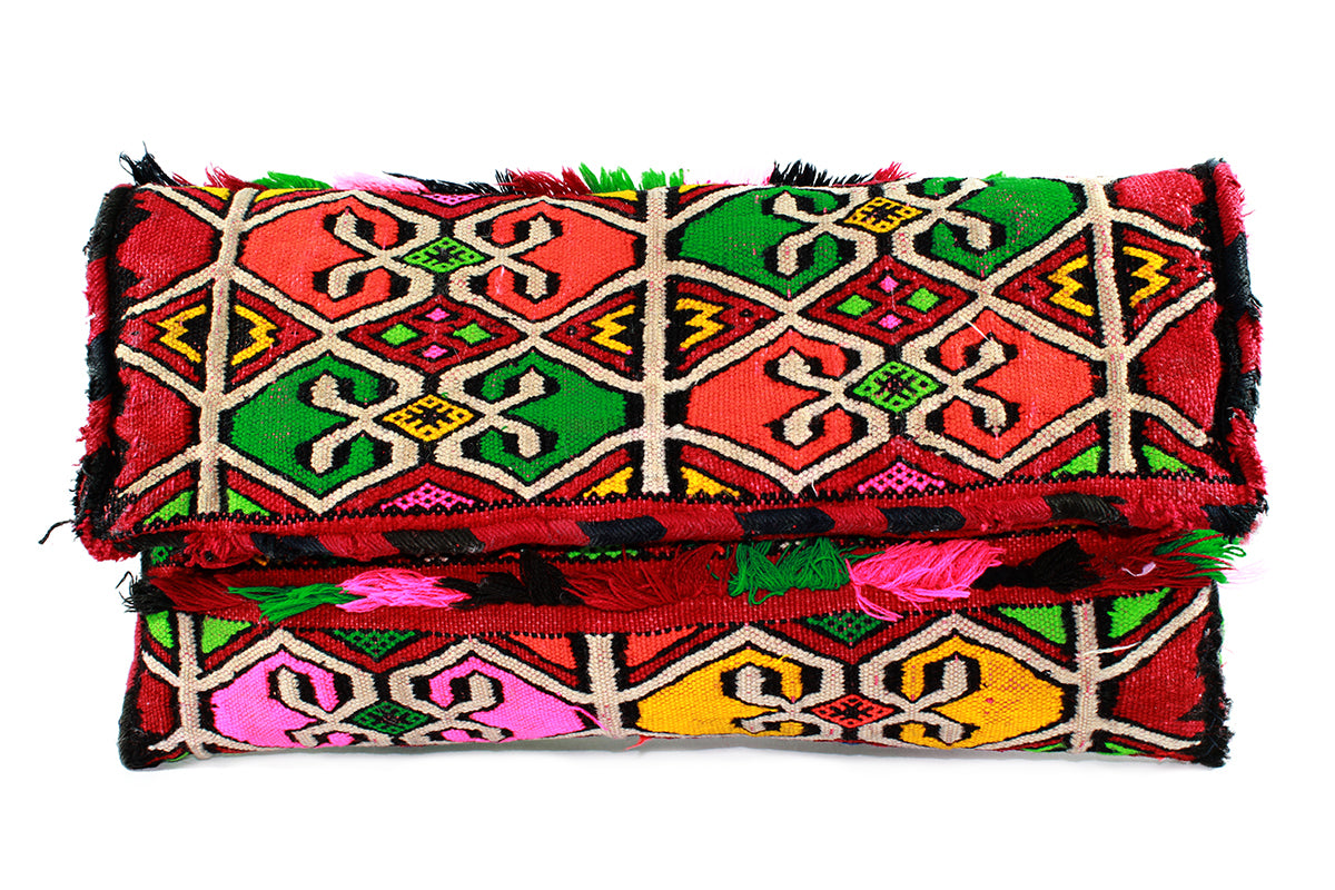 NATIVE-clutch-Moroccan-handmade-wool-MoroccansWay
