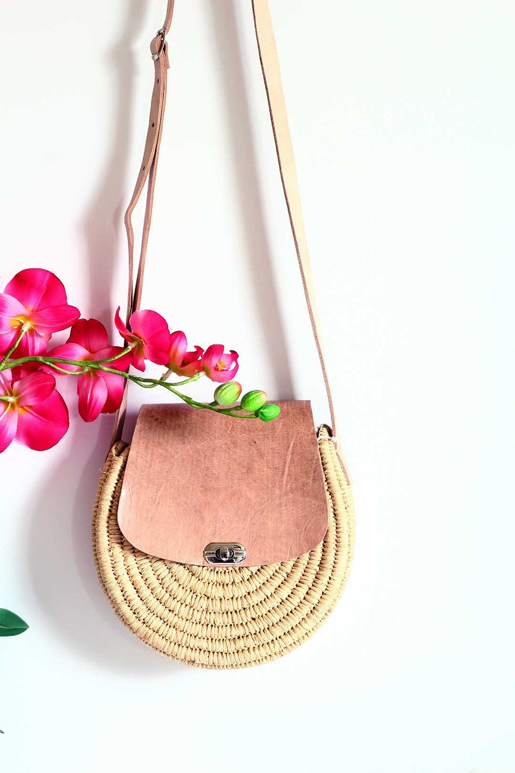 round leather raffia camel crossbody bag