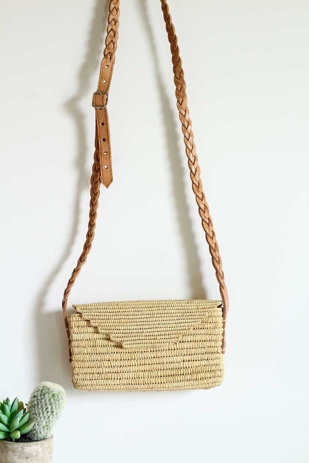 envelope raffia and  leather crossbody Bag