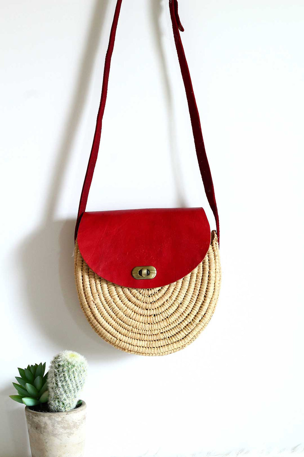 Red Leather Round Raffia Crossbody