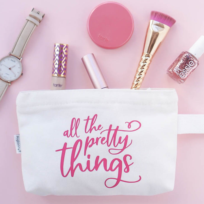 DIY Makeup Bag: Customize a Makeup Bag with Color Chimp Essentials HTV