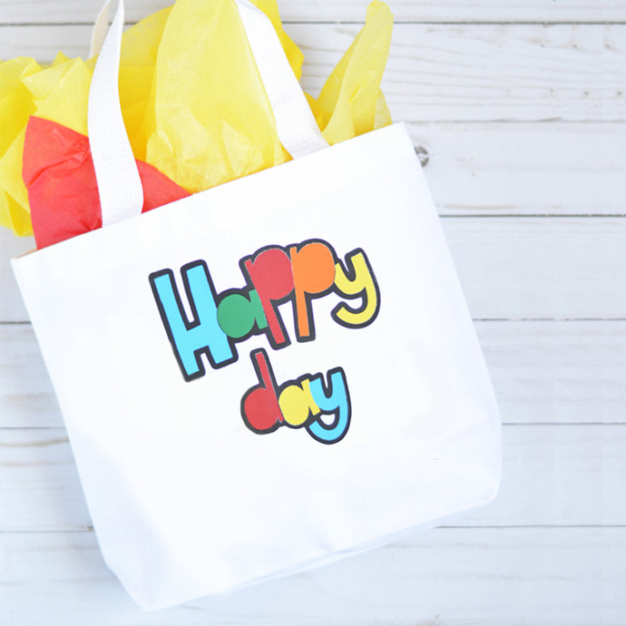 Learning to Layer: Create a Fun Tote Bag by Layering Heat Transfer Vinyl!