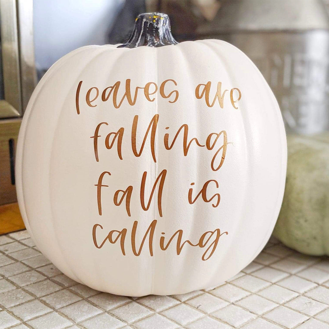 Get Fall-Ready with this Fall Pumpkin DIY using Adhesive Vinyl {+ a FREE Hand-Lettered Cut File}