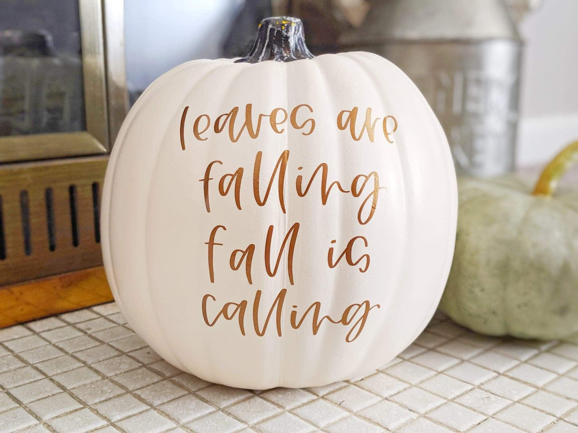 Craftey + Simply Alison: Fall Pumpkin with Adhesive Vinyl - Complete 2