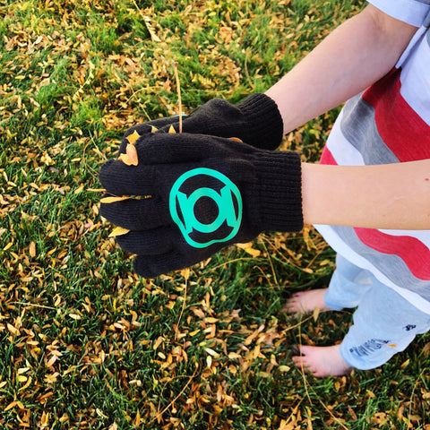Craftey + Project Silhouette Custom Kids Gloves with Heat Transfer Vinyl Final 4