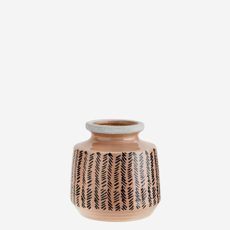 Decorative vase | Madam Stoltz | Dusty rose ceramic vase