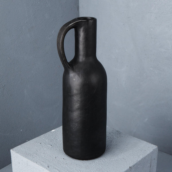 Inartisan - Advik bottle vase
