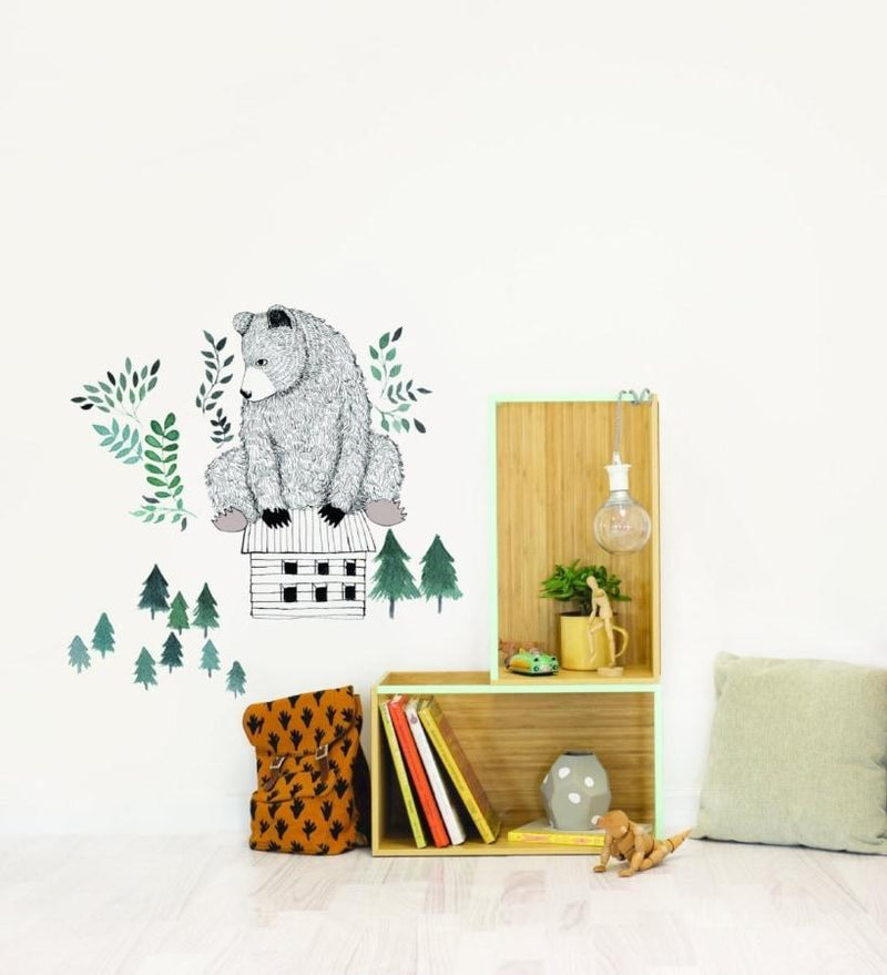 Wall Stickers for Kids | Chispum | Bear and cabin wall sticker