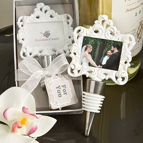 Disc Baroque Photo Holder With Bottle Stopper