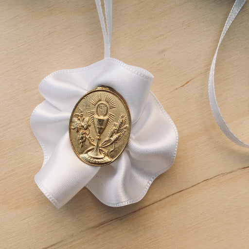 Domna for Girls - White Satin with Gold Medal