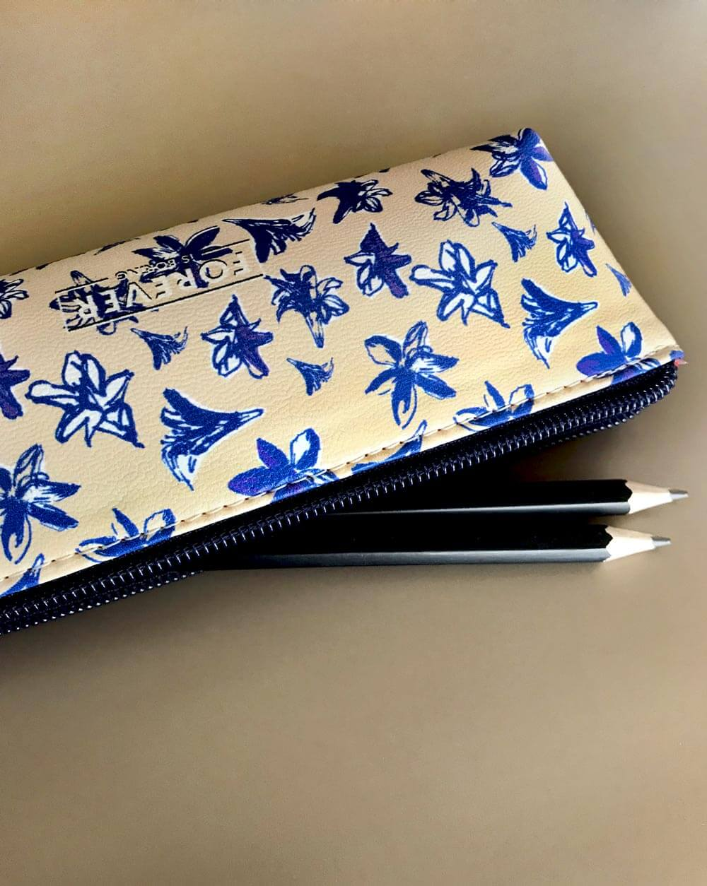 Blossom BL Pencil Case Estuche Estojo 2