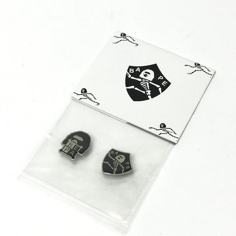 DS! A Bathing Ape Bape Pin Badge Set