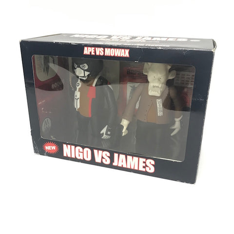 A Bathing Ape Bape x Mo Wax (UNKLE) Vintage James vs Nigo Figure Set