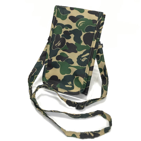 A Bathing Ape Bape 1st Camo Passport Case