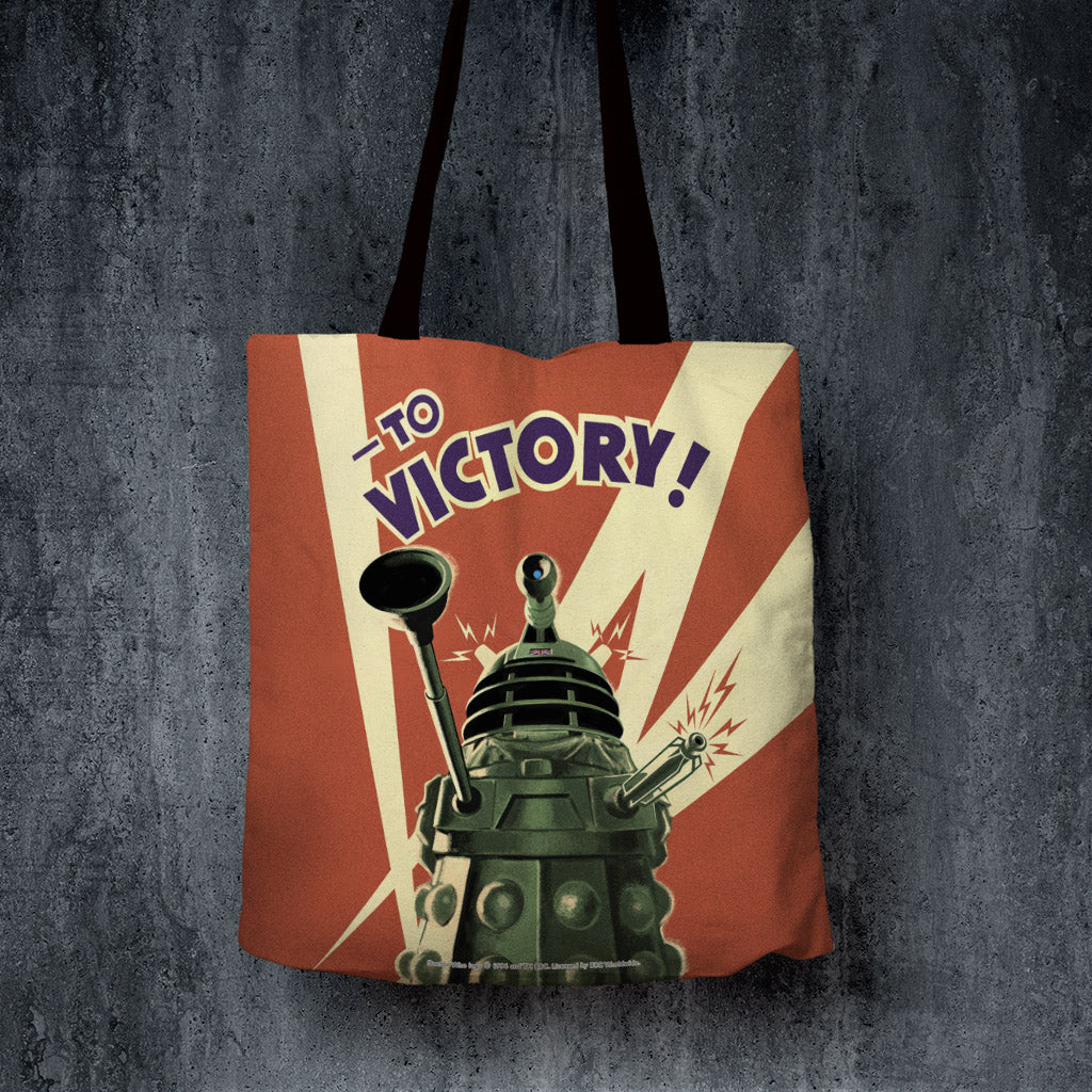 Dalek 'TO VICTORY!' Edge to Edge Tote (Lifestyle)