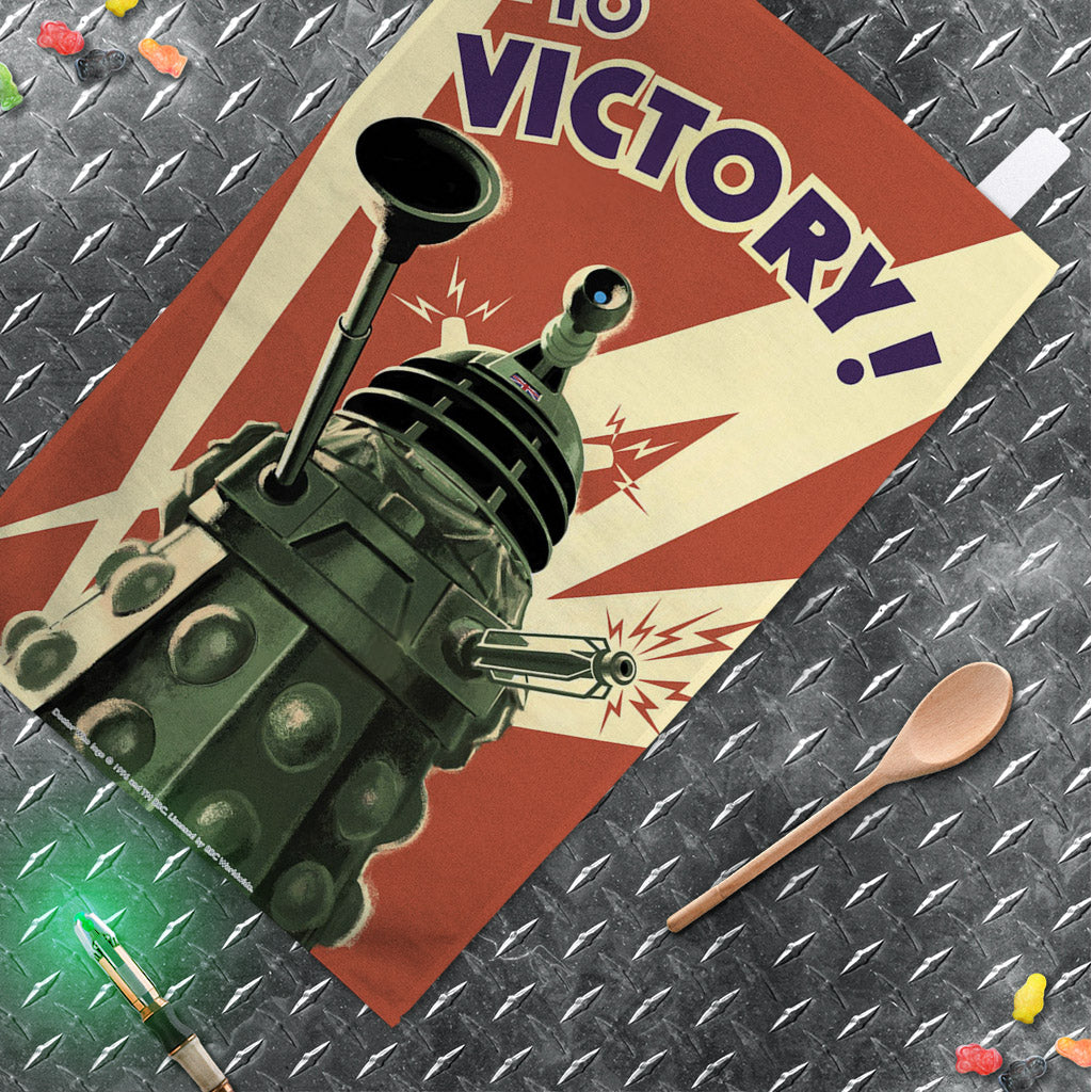 Dalek 'TO VICTORY!' Tea Towel (Lifestyle)