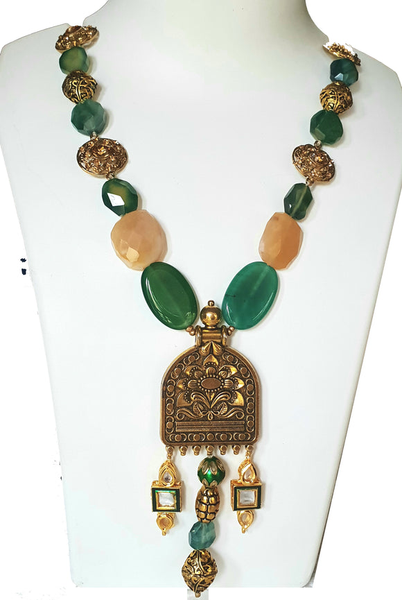 Star Jewels- Modern Designer Semi Precious Stone & Fashion Jewelry Delightful Green and White Agate Gemstone Necklace Embellished with Artistic Metal Motifs (24 Inches + 5 Inch Pendant)