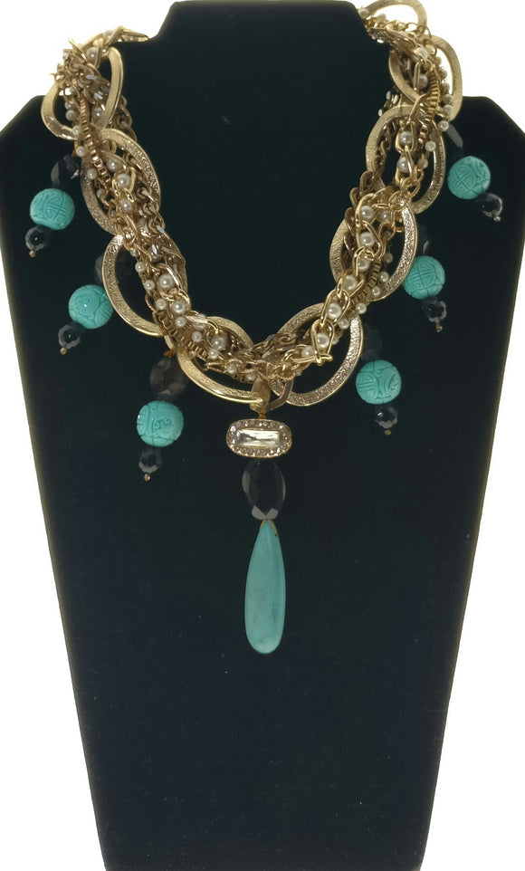 Stunning Broad Metallic Chain Enhanced with Artistic Elements and Natural Agate Gemstones (14 Inches)