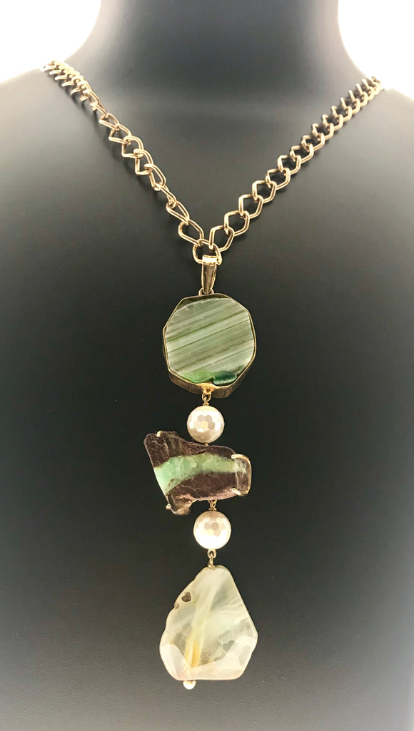 Star Jewels- Modern Designer Semi Precious Stone & Fashion Jewelry Delicate Pendant in 92.5 Silver Setting in Chrysoprase and Agates with Chain (36 Inches)