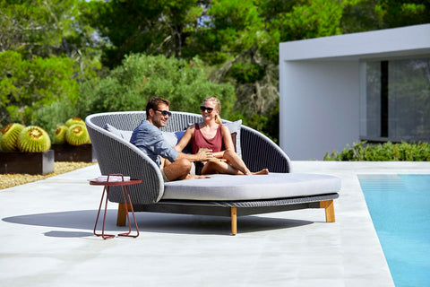 sunbed for two
