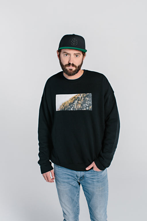 Mountain Crewneck Sweatshirt - DOJA Cannabis