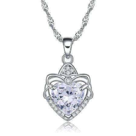 Romantic Crystal Heart Pendant Necklace