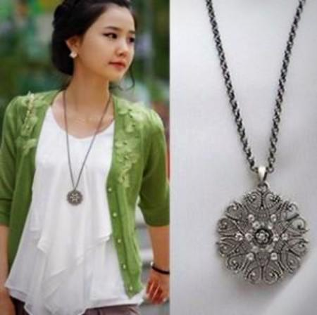 Women's Hollowed Out Flower Long Pendant Necklace