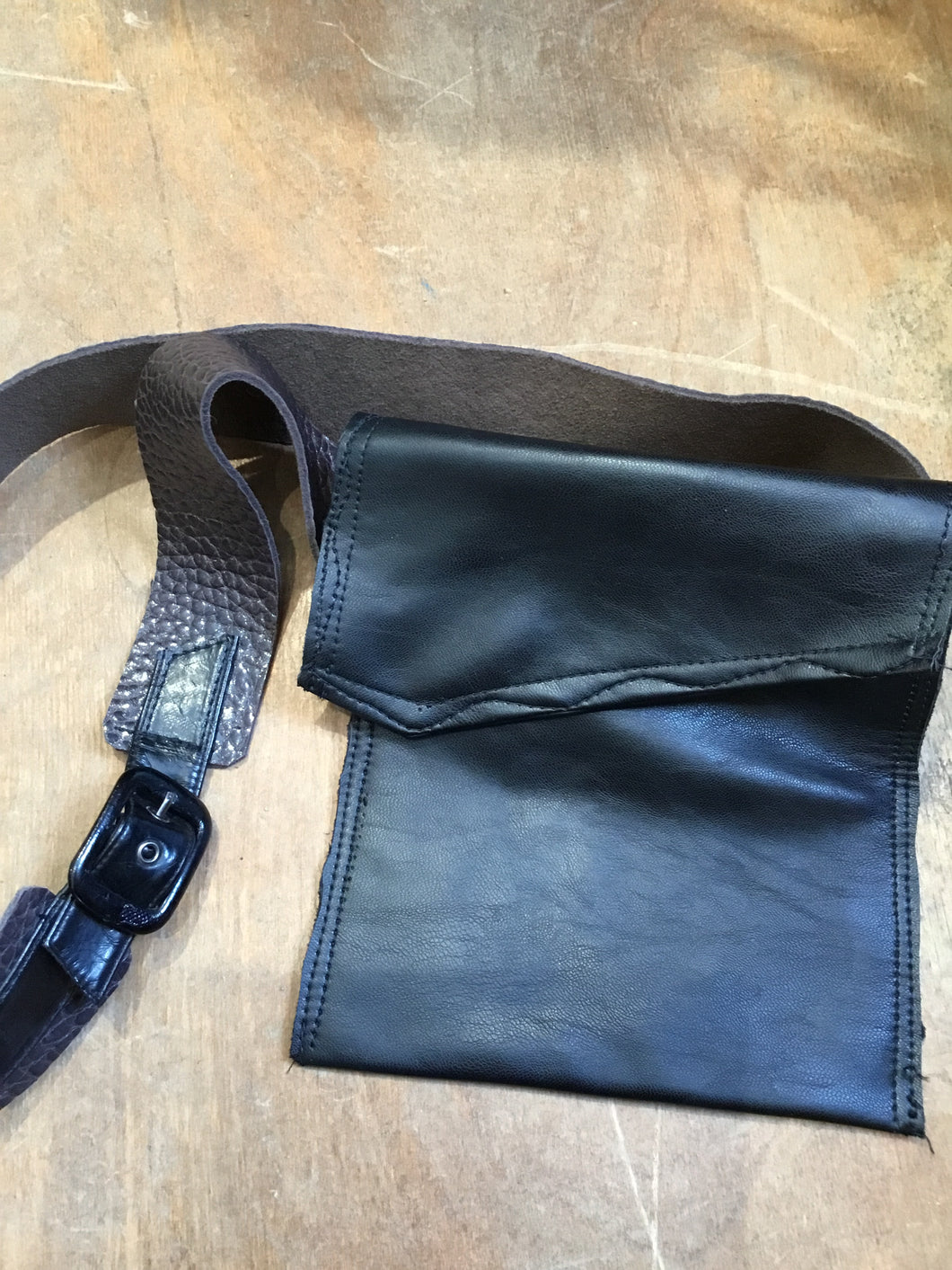 ME1-PB Pouch with Belt